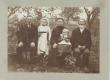 Jakob Tamme isa Ado (paremal), õde Ann ja õemees Tohver Kakk - KM EKLA