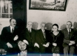 A. Läte oma sünnipäeva külalistega 1931. a. Vasakult: 1) R. Brett, 2) K. E. Sööt, 3) A. Läte, 4) Eisenschmidt, 5) Eisenschmidt. Orig.: A-62:17 - KM EKLA