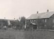 Kose Uuemõisa (Kuivajõe) algkool, kus E. Peterson-Särgava töötas 1902-1905. a. Orig.: P. Ambur, E. Särgava loomingu probleemistikust, tahvel V - KM EKLA
