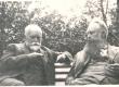 August Tohver (E. Särgava naisevend) ja Ernst Peterson-Särgava Pirita Kosel 1930-ndail aastail - KM EKLA
