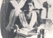 Ernst Peterson-Särgava tütred Salme (ees) ja Juta (taga) - KM EKLA