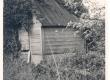 Lehtla Aavikute aias Kuressaares Vallimaa tän. 7, kus suveti armastas töötada Joh. Aavik - KM EKLA