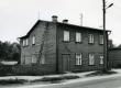 Betti Alveri elukoht Tartus Leningradi mnt. 122 (Narva mnt) II korrusel ca 1938-1940. Foto 1982. a - KM EKLA