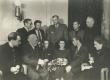 Eesti nõukogude kirjanduse dekaad Moskvas 23. V - 1. VI 1950. Rühm eesti ja vene kirjanikke vestlemas  - KM EKLA
