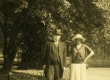 Oskar Kallas ja [Laine] Kallas, Hyde Park 1923 - KM EKLA