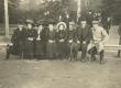 Helsingi Kaisanieme võistlusi vaatamas 10.10.1909. Pildil Marie Under, Juuli Suits, Gustel Hacker ja Leeni - KM EKLA