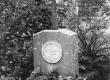 Kitzberg'i vanemate haud Halliste surnuaial - KM EKLA