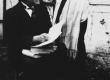 Hendrik Adamson oma õpilasega - KM EKLA