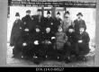 Nõukogude Venemaalt pantvangidena vahetatavad eestlased Narva karantiinis. 09.12.1921 - EFA