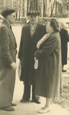 Rudolf Sirge, Erni Hiir ja Aimi Hiir  Elvas 27. VI 1961. a