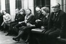 Par.: August Sang, Ellen Niit, Jaan Kross, Linda Viiding kirjandusõhtul Kirjanike Majas 17.02.1966. a