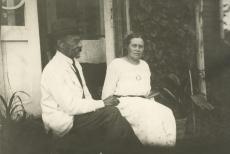 August Kitzberg abikaasa Johannaga