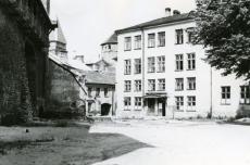 Tallinna kolledþ, kus õppis Karl Ristikivi