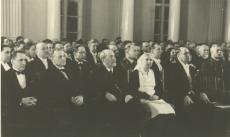 ESi pidustustel ülikooli aulas. J. Kõpp - vas-lt 2.