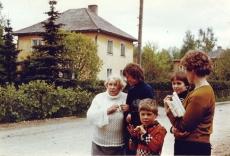 Betti Alver, Helle Parmas, Priit Jõerüüt, Linda Ulla mais 1982. a