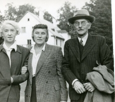 Elo Tuglas, Betti Alver ja Friedebert Tuglas Ahjal 12. sept. 1955. a