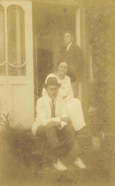 August Kitzberg perekonnaga