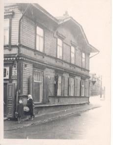 E. Peterson-Särgava elukoht Tallinnas  Tatari  33/ Liivalaia 26 (1906-1912)