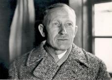 A. H. Tammsaare, külaskäigul Eesti Rahva Muuseumis Tartus, 1938