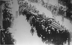 August Kitzbergi matuserongkäik Tartus Narva mnt-l 1927. a