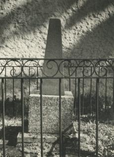 Otto Reinhold von Holtzi isa haud Keilas