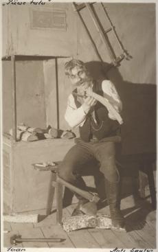 "A. Kitzbergi ""Püve talus"" ""Estonias"" 1926. Jaani osas Ants Lauter"