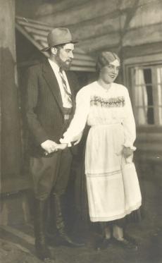 """A. Kitzbergi """"Neetud talu"""" Viiburi Linnateatris 19. dets. 1929"""