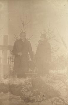 Jaan ja Silvia Kitzberg August Kitzbergi haual
