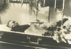 August Kitzberg kirstus 1927. a